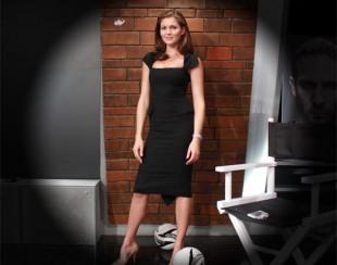 Ирина Шадрина, в полный рост, в черном платье