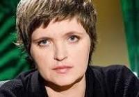 Авдотья Смирнова приостановила съемки в «Школе Злословия»