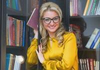 Анастасия Дьякова, ведущая программы «Сейчас» на «Пятом Канале», показала свою квартиру