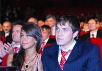 LifeNews: Артем Дзюба тайно встречается с телеведущей Марией Орзул